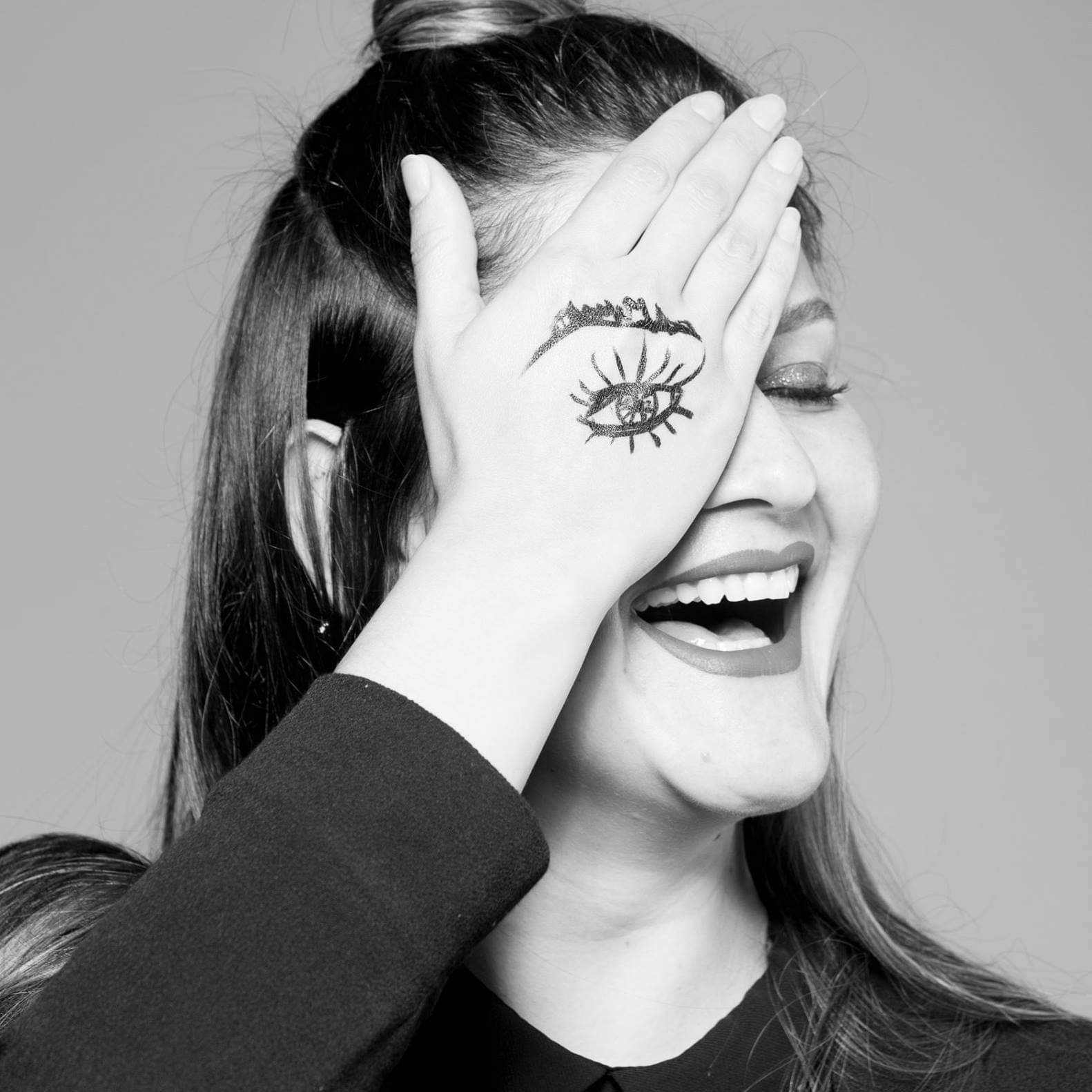 Mónica Godínez: Artista con gran creatividad y profesionalismo